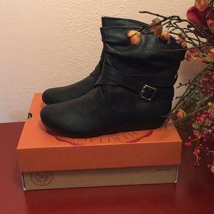 Sobeta Black booties
